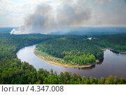 Купить «Лесной пожар», фото № 4347008, снято 13 июня 2012 г. (c) Владимир Мельников / Фотобанк Лори
