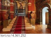 Московский Кремль, вход в Теремной дворец (2013 год). Редакционное фото, фотограф Игорь Долгов / Фотобанк Лори