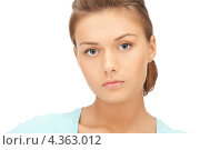 Купить «Нежная чувственная молодая женщина с длинными волосами, уложенными в узел», фото № 4363012, снято 28 августа 2011 г. (c) Syda Productions / Фотобанк Лори