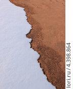 Фон из снега земли. Стоковое фото, фотограф Алексей Макшаков / Фотобанк Лори