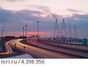 Купить «Санкт-Петербург. КАД развязка у Вантового моста», эксклюзивное фото № 4398956, снято 16 февраля 2013 г. (c) Литвяк Игорь / Фотобанк Лори