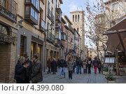 Купить «Средневековая улица в исторической части Толедо. Испания», фото № 4399080, снято 3 марта 2013 г. (c) Аркадий Захаров / Фотобанк Лори