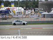 Формула Renault 3.5 - машина безопасности (2012 год). Редакционное фото, фотограф Александр А. Каргаполов / Фотобанк Лори