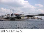 Купить «Венгрия. Будапешт. Река Дунай. Мост», фото № 4415272, снято 7 июня 2011 г. (c) Елена Соломонова / Фотобанк Лори