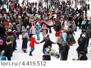 Купить «Город Балашиха, праздник Масленица на улице», эксклюзивное фото № 4419512, снято 17 марта 2013 г. (c) Дмитрий Неумоин / Фотобанк Лори