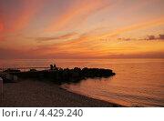 Купить «Небо над морем после захода солнца», эксклюзивное фото № 4429240, снято 23 сентября 2011 г. (c) Dmitry29 / Фотобанк Лори