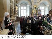 Купить «Митрополит Ювеналий в Новодевичьем монастыре говорит проповедь», эксклюзивное фото № 4435364, снято 22 марта 2013 г. (c) Дмитрий Неумоин / Фотобанк Лори