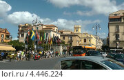 Вид центральной площади Торквато Тассо в Сорренто. Италия (2011 год). Редакционное видео, видеограф Михаил Марков / Фотобанк Лори
