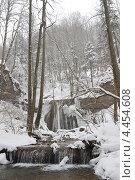 Купить «Водопад на реке Каверзе», фото № 4454608, снято 28 января 2010 г. (c) Виктор Затолокин/Victor Zatolokin / Фотобанк Лори