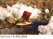 Кораблик. Стоковая иллюстрация, иллюстратор Юрий Александров / Фотобанк Лори