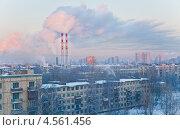 Зимняя панорама спального района, трубы котельных. Стоковое фото, фотограф Анна Сапрыкина / Фотобанк Лори