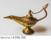 Восточная волшебная лампа Аладдина. Стоковое фото, фотограф Олег Жуков / Фотобанк Лори