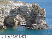 Купить «Арка, полуостров Тарханкут, Крым», фото № 4619472, снято 7 мая 2013 г. (c) Некрасов Андрей / Фотобанк Лори