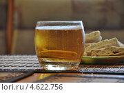 Пиво  с закуской. Стоковое фото, фотограф Тарасенко Татьяна / Фотобанк Лори