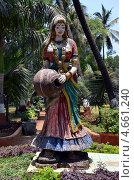 Купить «Девушка с кувшином, скульптура в Бомбее, Индия», фото № 4661240, снято 18 мая 2013 г. (c) Светлана Колобова / Фотобанк Лори