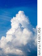 Голубое небо с облаками. Стоковое фото, фотограф Максим Шебеко / Фотобанк Лори