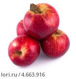 Купить «Красные яблоки», фото № 4663916, снято 25 мая 2013 г. (c) Литвяк Игорь / Фотобанк Лори