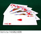 Роял флэш. Карты на зеленом сукне. Стоковое фото, фотограф CHERKAUSKAS VIKTOR / Фотобанк Лори