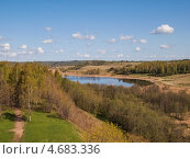 Весенний лес, пруд и небо. Стоковое фото, фотограф Алексей Берестовский / Фотобанк Лори