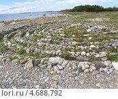 Купить «Каменный лабиринт на Большом Соловецком острове», фото № 4688792, снято 14 июля 2012 г. (c) Ирина Борсученко / Фотобанк Лори