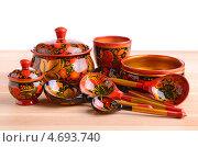 Купить «Деревянная кухонная утварь с хохломской росписью», фото № 4693740, снято 26 мая 2013 г. (c) Наталия Евмененко / Фотобанк Лори