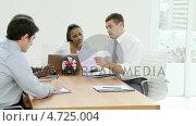 Купить «Business meeting », видеоролик № 4725004, снято 29 марта 2020 г. (c) Wavebreak Media / Фотобанк Лори