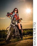Девушка на мотоцикле. Стоковое фото, фотограф Андрей Армягов / Фотобанк Лори