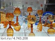 Купить «Экспонаты из центральной композиции в музее Хрусталя в Гусь-Хрустальном (бокалы)», фото № 4743208, снято 18 мая 2013 г. (c) Бабкина Марина / Фотобанк Лори