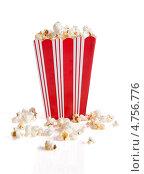 Купить «Попкорн в полосатом стакане», фото № 4756776, снято 23 декабря 2012 г. (c) Андрей Попов / Фотобанк Лори