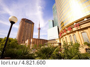 Купить «Архитектура Шанхая», фото № 4821600, снято 30 апреля 2013 г. (c) Юрий Александрович Балдин / Фотобанк Лори