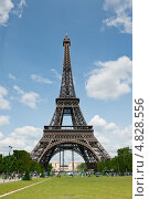 Купить «Эйфелева башня. Париж.  Франция», фото № 4828556, снято 26 июня 2013 г. (c) Екатерина Овсянникова / Фотобанк Лори