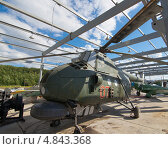 Купить «Вертолет МИ-4, Музей военно-воздушных сил Северного флота, поселок Сафоново», эксклюзивное фото № 4843368, снято 3 июля 2013 г. (c) Вячеслав Палес / Фотобанк Лори