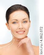 Купить «Молодая женщина демонстрирует подтянутую кожу лица», фото № 4862072, снято 7 апреля 2012 г. (c) Syda Productions / Фотобанк Лори
