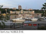 Купить «Город Чебоксары, Чувашия, речной порт», эксклюзивное фото № 4863516, снято 10 июня 2013 г. (c) Алексей Гусев / Фотобанк Лори