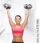 Купить «Фитнес инструктор во время тренировки», фото № 4870440, снято 12 января 2013 г. (c) Syda Productions / Фотобанк Лори