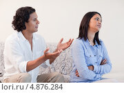 Купить «Мужчина просит у своей подруги прощение», фото № 4876284, снято 3 ноября 2011 г. (c) Wavebreak Media / Фотобанк Лори