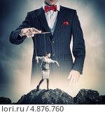 Купить «Бизнес-леди - послушная марионетка в руках кукловода», фото № 4876760, снято 10 апреля 2020 г. (c) Sergey Nivens / Фотобанк Лори