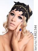 Портрет девушки с накладными ресницами. Стоковое фото, фотограф Vitali Armon / Фотобанк Лори