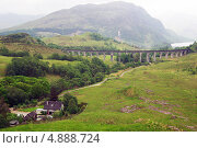 Купить «Виадук Гленфиннан в Шотландии», фото № 4888724, снято 11 июня 2013 г. (c) Natalya Sidorova / Фотобанк Лори