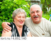 Купить «Бабушка рядышком с дедушкой», эксклюзивное фото № 4892140, снято 23 июня 2013 г. (c) Куликова Вероника / Фотобанк Лори