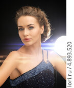Купить «Красивая девушка в вечернем платье», фото № 4893520, снято 17 марта 2013 г. (c) Syda Productions / Фотобанк Лори