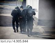 Спецназ Факел (2013 год). Редакционное фото, фотограф Krasnoperov Rostislav / Фотобанк Лори