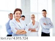 Купить «Успешные деловые коллеги в офисе», фото № 4915724, снято 9 июня 2013 г. (c) Syda Productions / Фотобанк Лори