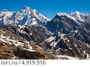 Купить «Горный пейзаж. Гималаи в ясный солнечный день», фото № 4919916, снято 8 апреля 2013 г. (c) Оксана Гильман / Фотобанк Лори