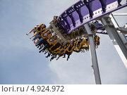 Купить «Катание на американских горках», фото № 4924972, снято 3 июня 2010 г. (c) Игорь Дашко / Фотобанк Лори