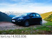 Купить «Автомобиль в горах, Пиренеи, Испания», эксклюзивное фото № 4933836, снято 3 июля 2013 г. (c) Яков Филимонов / Фотобанк Лори