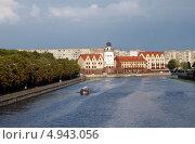 Купить «Калининград. Вид на рыбную деревню с эстакадного моста», эксклюзивное фото № 4943056, снято 11 августа 2013 г. (c) Svet / Фотобанк Лори
