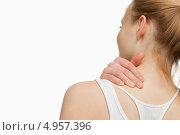 Купить «Девушка рукой массирует себе шею», фото № 4957396, снято 5 апреля 2012 г. (c) Wavebreak Media / Фотобанк Лори