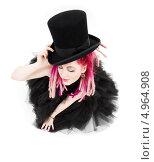 Купить «Красивая девушка с дредами в корсете и длинной юбке», фото № 4964908, снято 15 ноября 2008 г. (c) Syda Productions / Фотобанк Лори