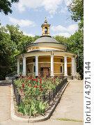 Купить «Церковь Святого Николая на Аскольдовой могиле. Киев», эксклюзивное фото № 4971144, снято 10 августа 2013 г. (c) Михаил Широков / Фотобанк Лори